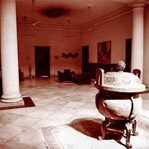 Old–Art-Deco-type–house-At-Kolkata-09f